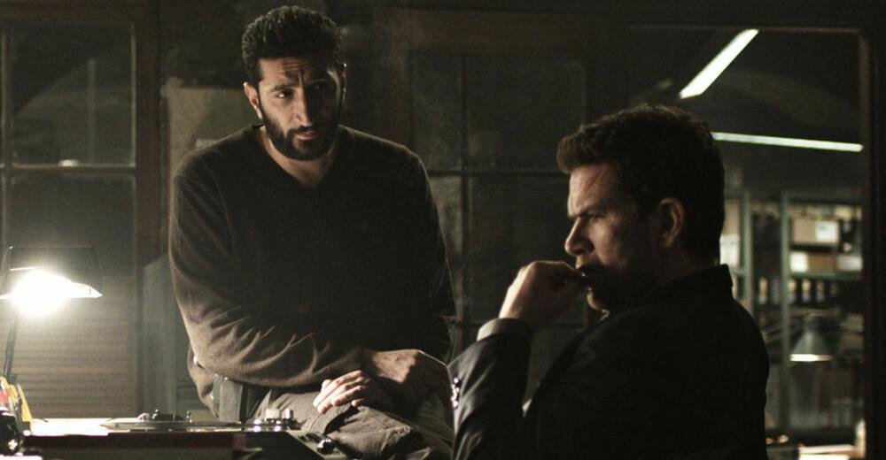 Fares Fares og Nikolaj Lie Kaas som Assad og Carl.