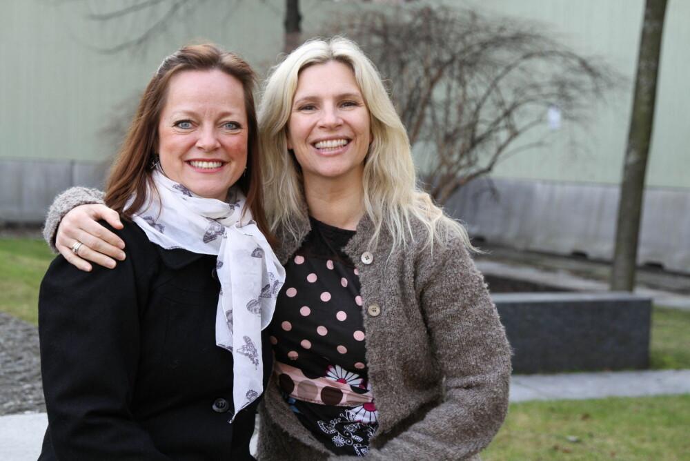 Jormor Tonje Wessel Rummelhoff (til venstre) og mental trener Birgit Semundseth har skrevet boka «En god fødsel - forbered deg med mental trening»