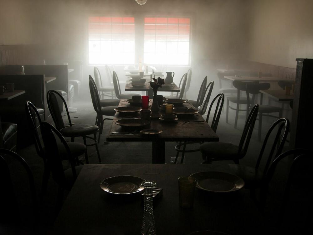 Det er ingen som serverer ved Fanny's 50's Diner i Collinwood i Ohio.