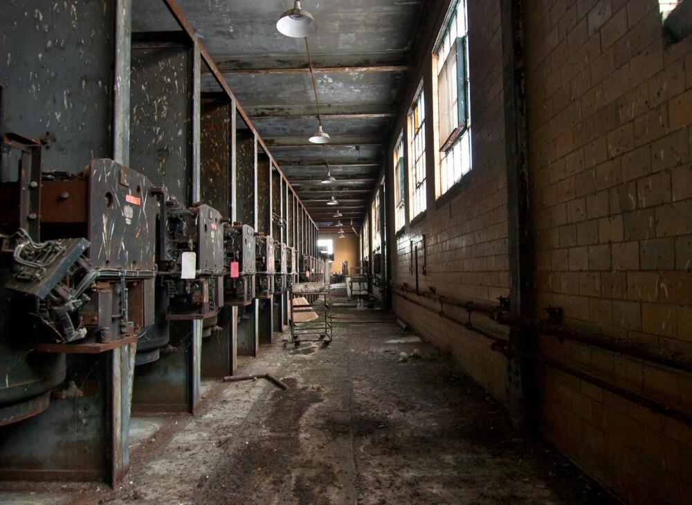 En rad med generatorer i Rayon Plant i Painesville, Ohio.