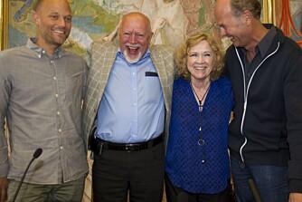 Eskil Vogt (t.v.) og Erik Poppe (t.h.) satt i panelet sammen med Ullmann. Diskusjonen ble ledet av Per Haddal (i midten). Ullmann mener at mennene hadde en annen ro enn hun selv hadde.