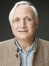 Fysiologiprofessor Kristian Gundersen forteller at kvinner har flere lettere sykdomsplager enn menn og generelt er sykere enn menn.