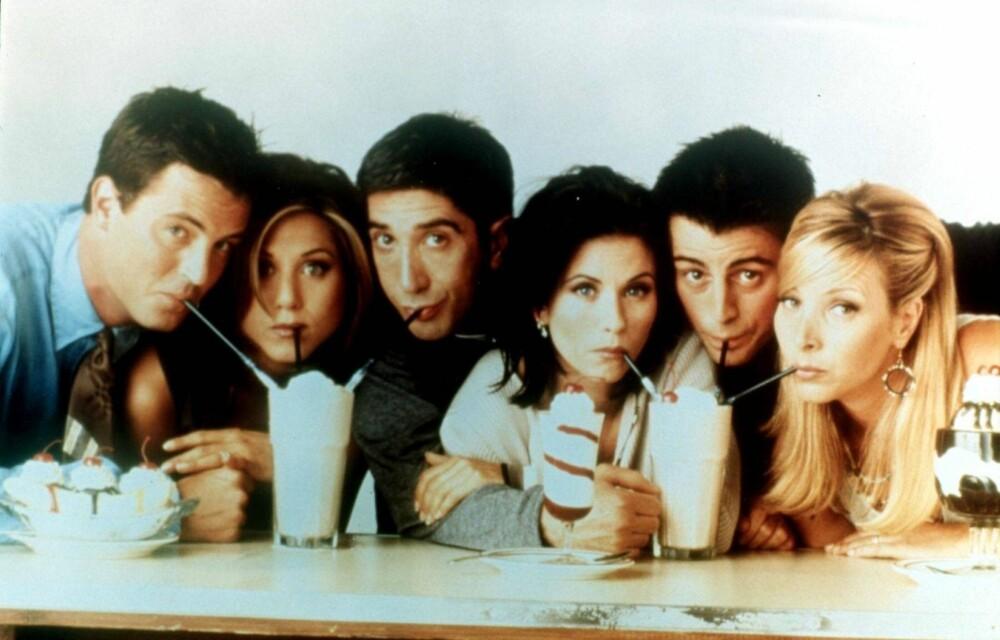 LISA KUDROW, MATT LE BLANC, Courtney Cox, David Schwimmer, Jennifer Aniston og Matthew Perry var TV-verdenens største stjerner på 1990-tallet. Foto: Tv 2