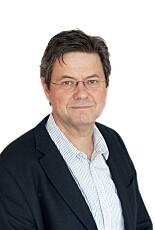 Overlege Sigurd Hortemo mener det er viktig å tenke på at paracetamol er smertestillende, ikke sukkertøy.