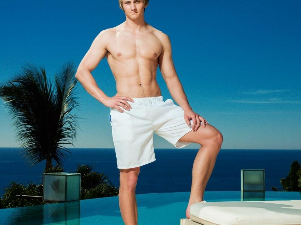 JONAS OPSAHL måtte forlate «Paradise Hotel» etter kun noen få dagers opphold. Han kjenner seg ikke igjen i hvordan han ble fremstilt på TV.