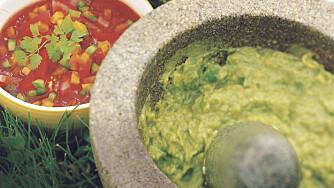 GUACAMOLE OG SALSA er populære tacoingredienser.