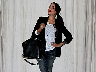 TRIANA IGLESIAS er programleder for «Paradise Hotel» og mandag kveld var hun klar for premierefest.