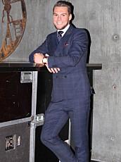KEVIN KVAMVOLD på premierefesten til «Paradise Hotel».