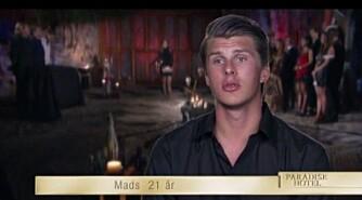 SKUFFET: Mads hadde ikke forutsett at han skulle få kveldens første stemme fra sin egen kompis, Pierre. Foto: TV 3 / Skjermdump