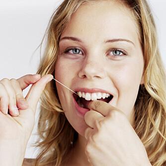 Tanntråd er viktig for tannhygienen. Men brukt det riktig.