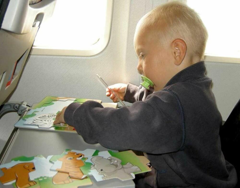 - Her på en flytur med eldstemann som den gangen var to år. Det var en av de mer idylliske turene våre, sier Marte.