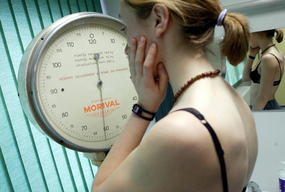 NÅR MAT OG VEKT KONTROLLERER ALT: I en ny, norsk behandlingsstudie ser man på hva slags effekt trenings- og kostholdsveiledning har på personer med spiseforstyrrelser. (Illustrasjonsbilde)