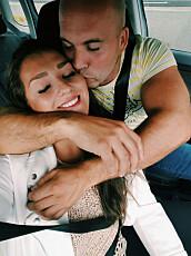 MARTA ALISE (23) sammen med kjæresten Audun (34).