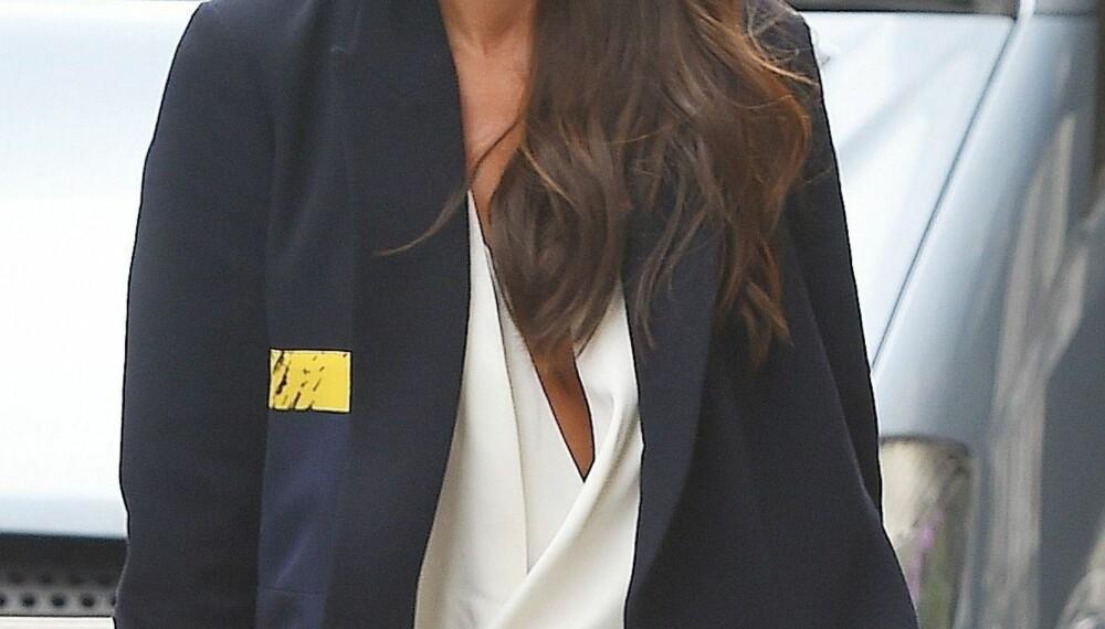 TRENDSETTER: Victoria Beckham har de siste årene designet flere populære kolleksjoner.