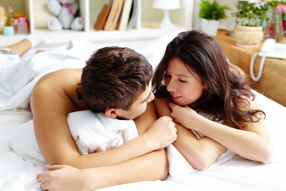 SNAKK SAMMEN: Nøkkelen til god sex ligger i god kommunikasjon. Snakk sammen om fetisjer, fantasier og hva dere liker.