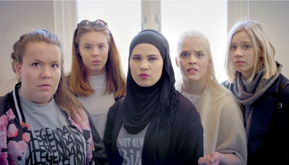 SKAM-JENTENE: Chris (Ina Svenningdal), Eva (Lisa Teige), Sana (Iman Meskini) Vilde (Ulrikke Falch) og Noora (Josefine Frida Pettersen).