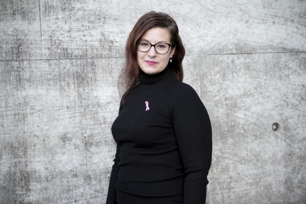 ROSA SLØYFE: Andrea Nogva har arverlig brystkreft-gen.