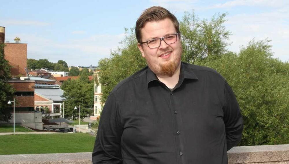 Adrian Lorentsson i Mental Helse Ungdom mener Maria Høili bommer i kritikken.