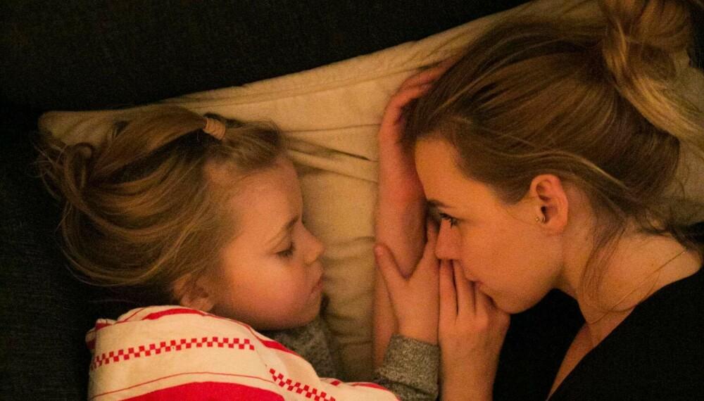 Anette-Marie med datteren Tina.