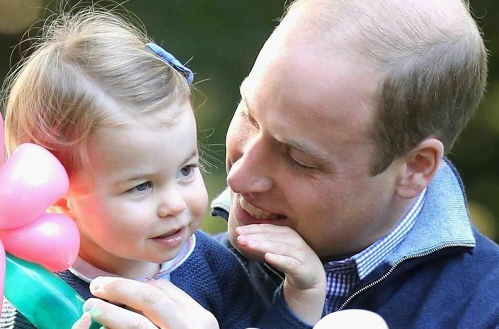 Prins William (34) med datteren Charlotte Elizabeth Diana (2).