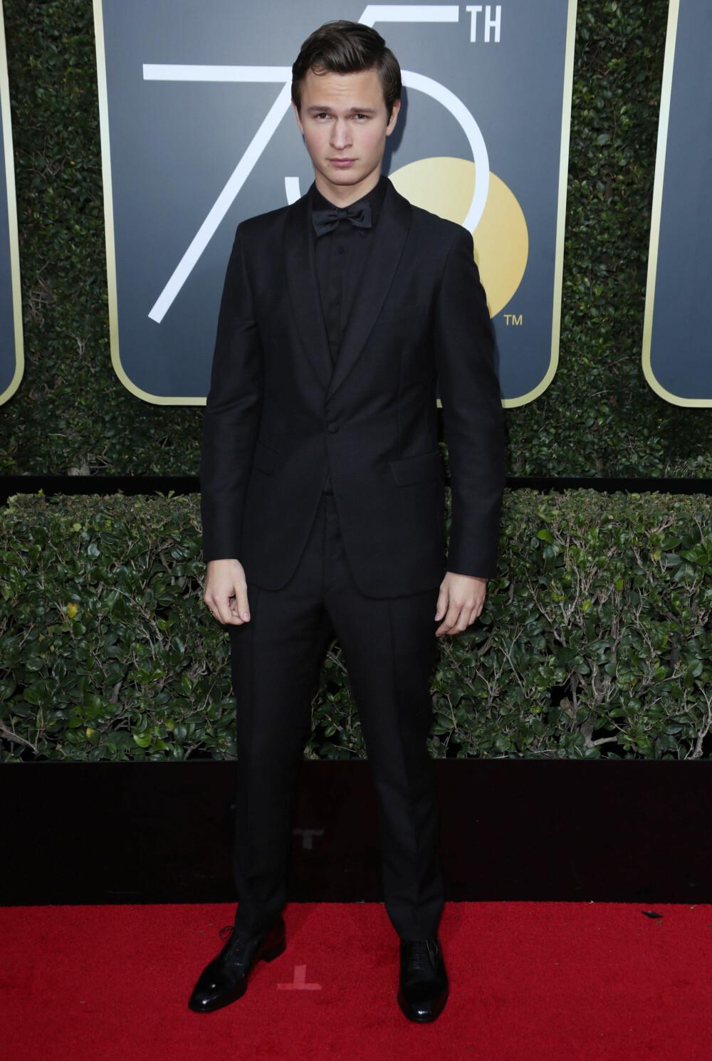 Ansel Elgort under årets Golden Globe Awards.