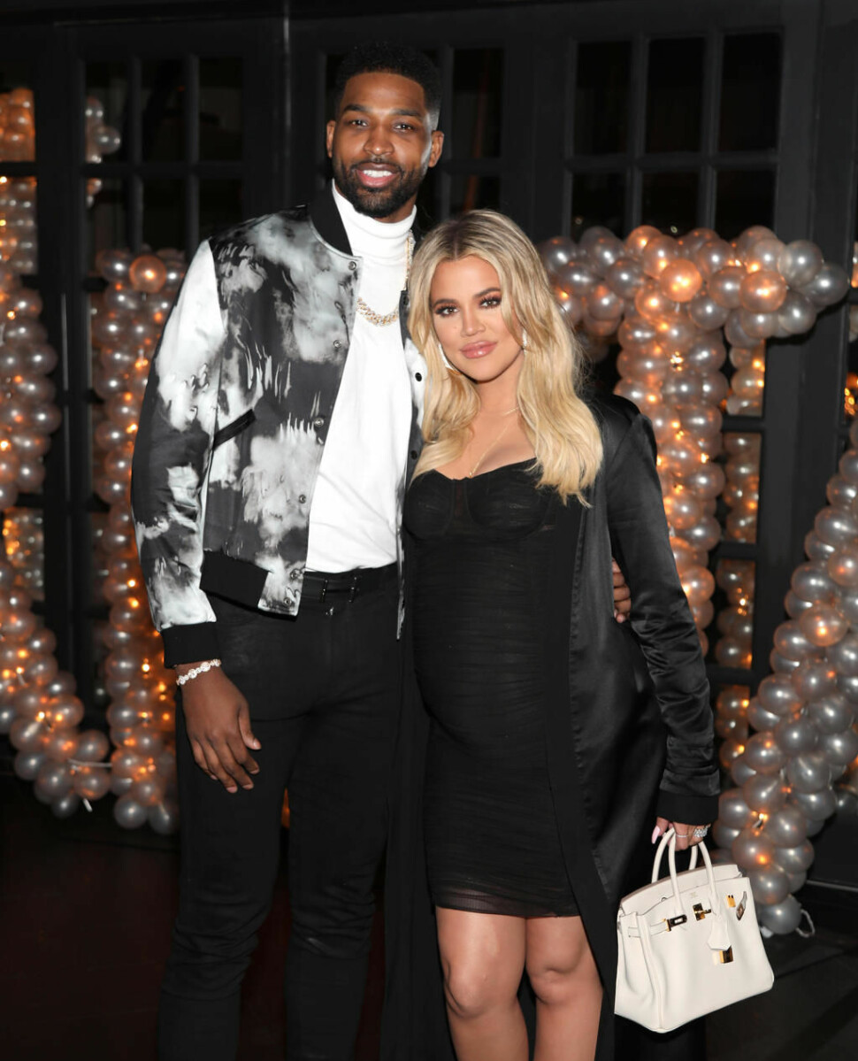 NYBAKTE FORELDRE: Tristan Thompson og Khloe Kardashian ble foreldre til True Thompson i april 2018.