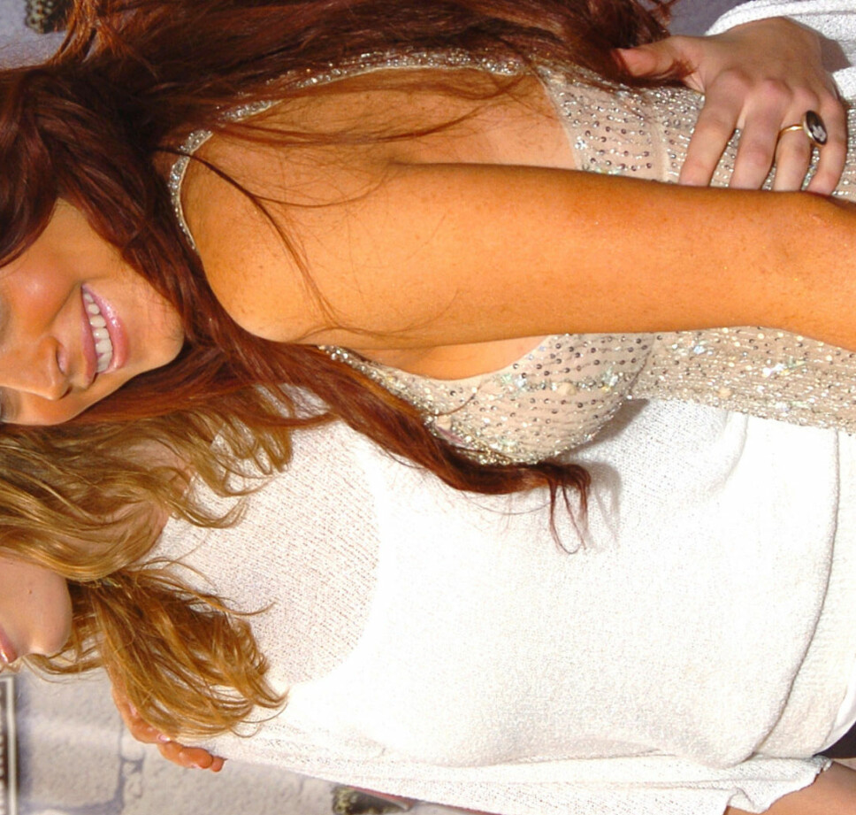 Jessica Biel, og (en oransje) Lindsay Lohan.