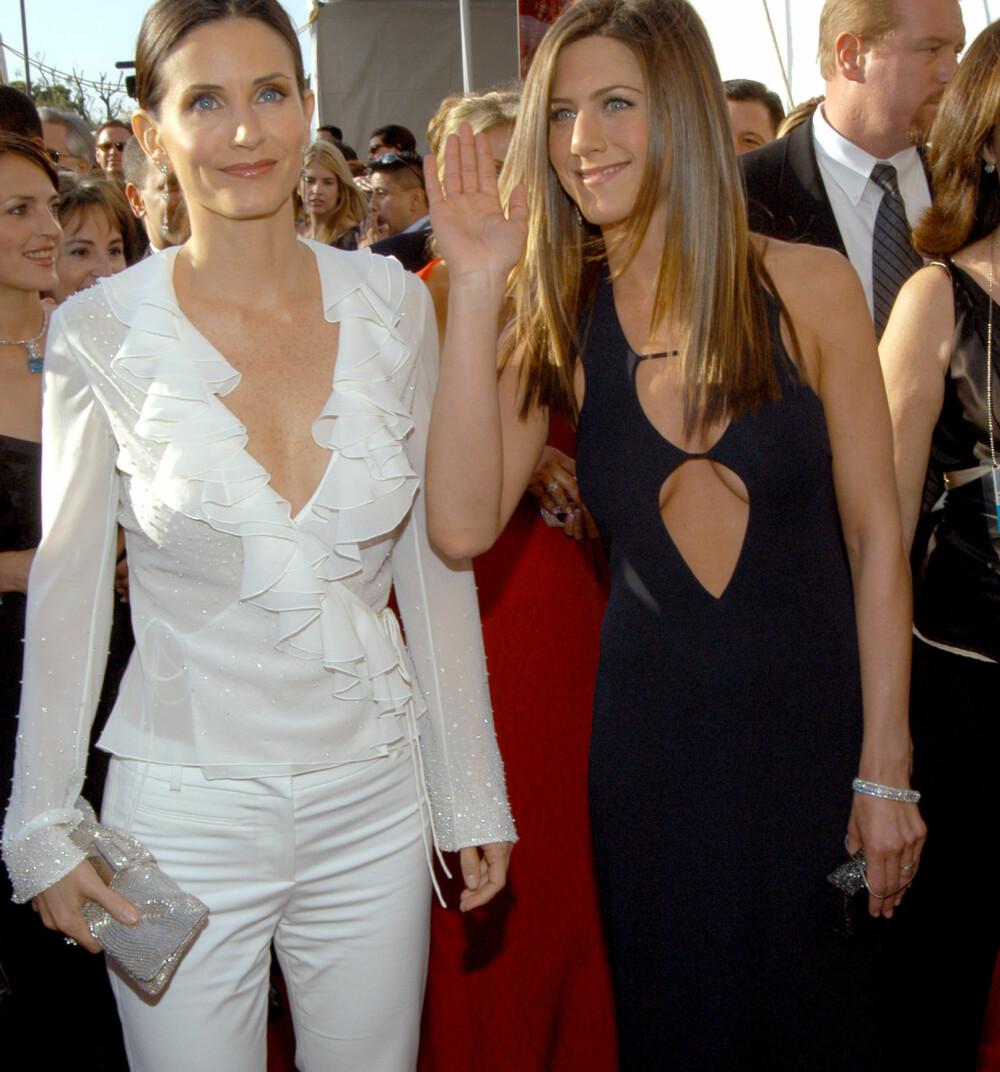 Courtney Cox og Jennifer Aniston.