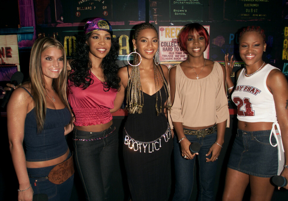 Jessica Simpson, Michelle Williams, Beyonce Knowles, Kelly Rowland, Eve.