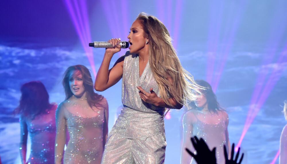 Jennifer Lopez imponerte på scenen.