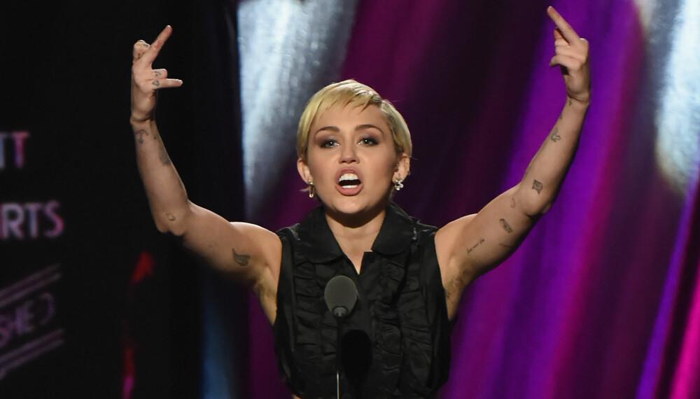 Miley Cyrus er blant kjendiskvinnene som har lagt bort barberhøvelen.