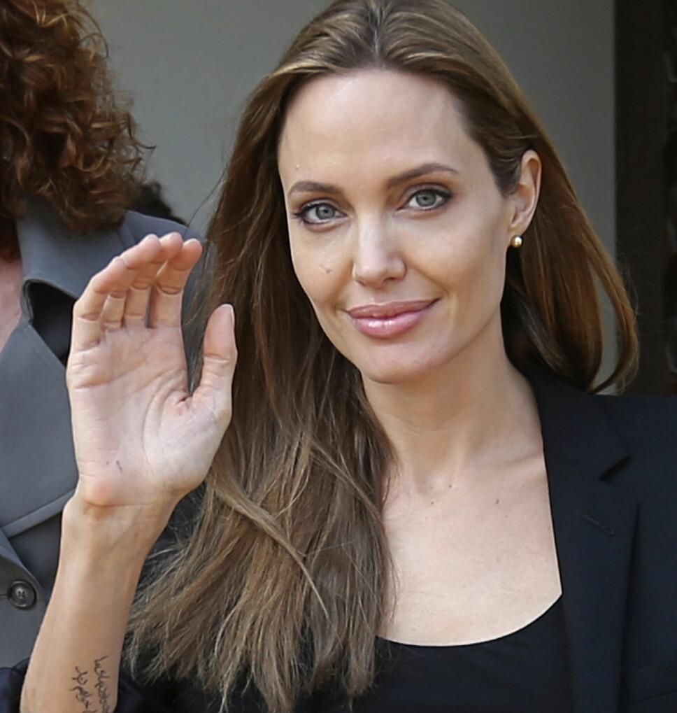 TOK GREP: Angelina Jolie fikk påvist et gen som ga henne 87 prosent sjanse for å utvikle brystkreft, samt 50 prosent sjanse for å få eggstokk-kreft. Det gjorde at hun bestemte seg for å fjerne begge brystene og eggstokkene.