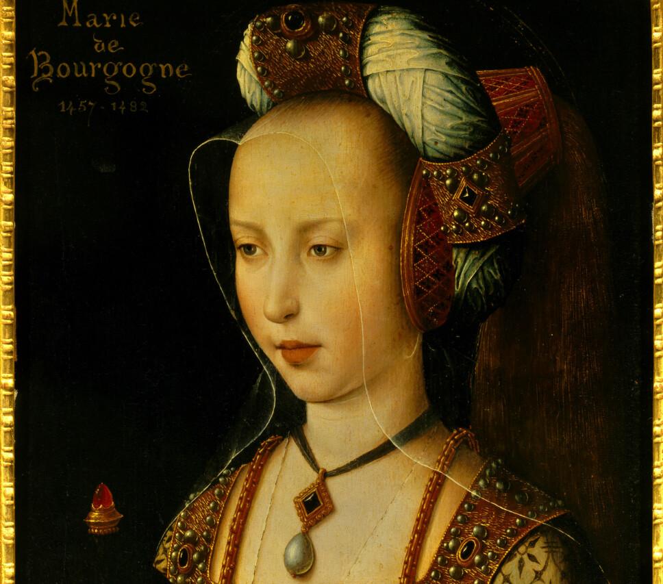 Under middelalderen ble sminke sett på som noe syndig, og kristne meningsbærere knyttet sminke til regelrett bedrageri.