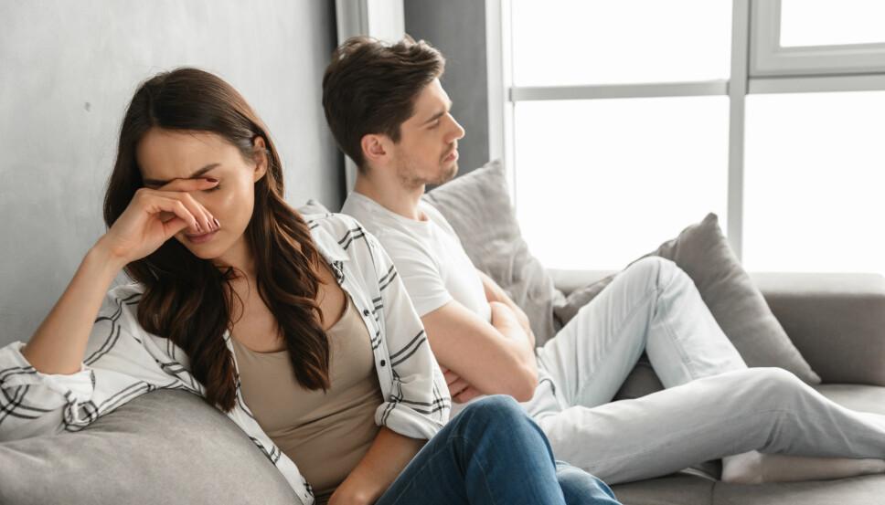 HEKTISKE TIDER: Når man får mindre tid og overskudd til å pleieforholdet kan det bli en kilde til konflikt og misnøye. Det er derfor viktig å si ifra om hvordan du føler det, men ikke på en anklagende måte - det kan gjøre vondt verre,