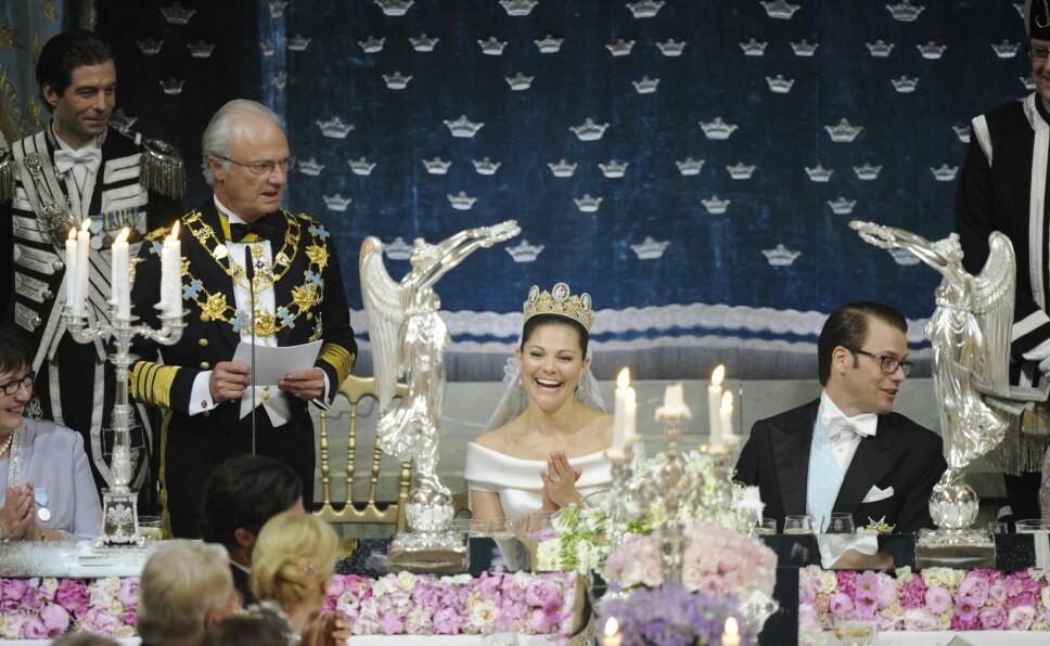 Kong Carl Gustaf, kronprinsesse Victoria og prins Daniel.