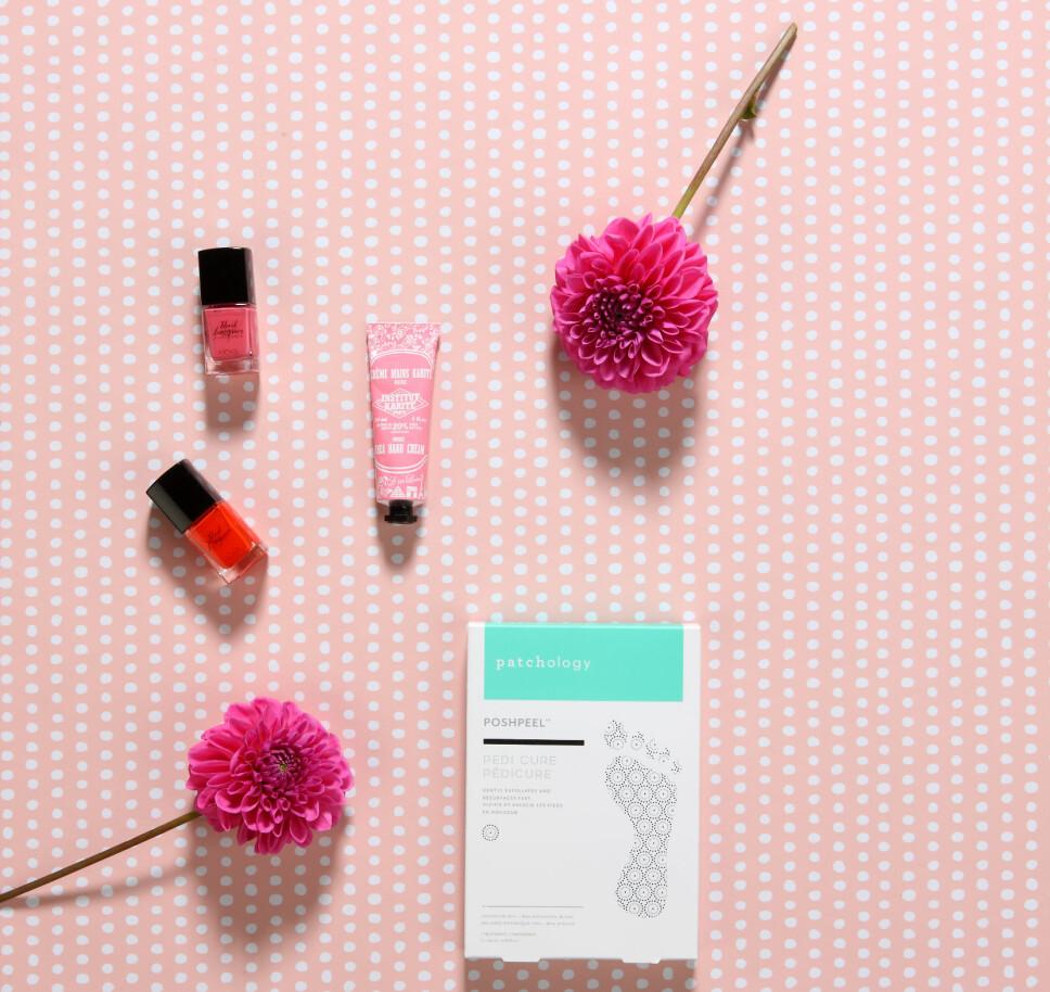HENDER OG FØTTER: Gi hender og føtter deilig pleie med disse produktene.