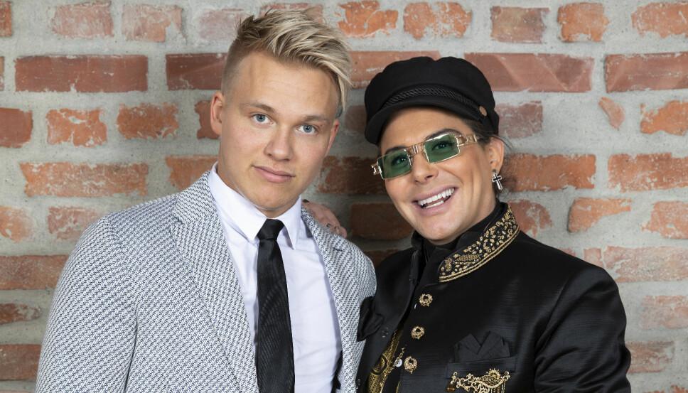 Erik Sæter sammen med broren Erlend Elias.