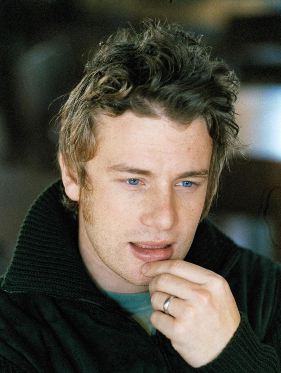 HARD JOBBING: Jamie Oliver har uttalt at han måtte jobbe hardt på grunn av sine lese- og skrivevansker.