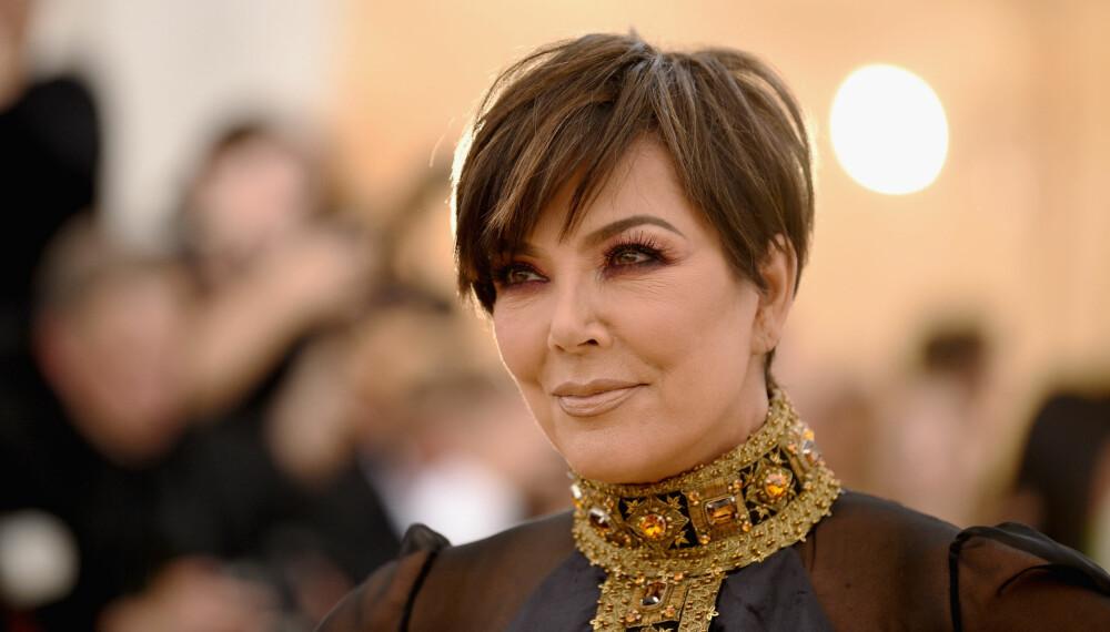 MOMAGER: Kris Jenner har hatt stålkontroll på døtrenes karrierer og åpner nå opp om detaljer rundt honorarene deres for poster i sosiale medier.