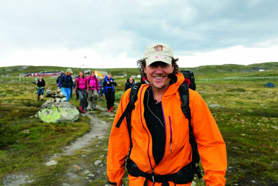 SKAPTE FOLKEVANDRING: Da Lars Monsen gikk Norge på kryss og tvers i fjor sommer med «Monsen minutt for minutt», fulgte turglade mennesker etter ham hele veien.