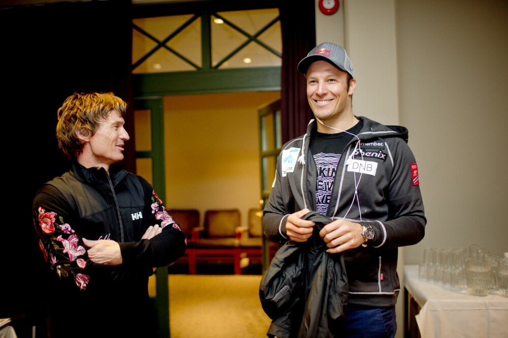 <b>GIR UT BOK:</b> Petter Stordalen og hans forlag Pilar er de som skal gi ut Aksel Lund Svindals selvbiografi til høsten. Her er de to sammen i 2012 i forbindelse med en pressekonferanse for alpinlandslaget.