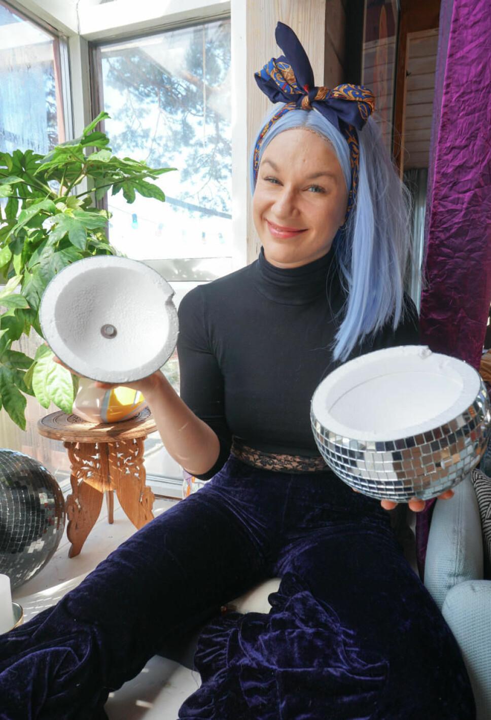 FRESH POTTE: Christina Fraas aka Kirsebærhagen viser deg hvordan du kan lage en superkul hengepotte av en discokule.