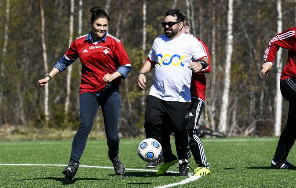 ALLSIDIG: Selv om fotball ikke er den idretten hun foretrekker, tar Victoria utfordringen når den kommer.