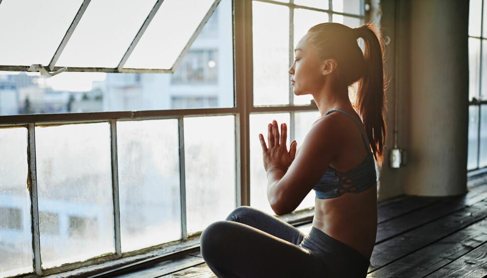 Yoga er bra for å finne roen og motvirker stress.