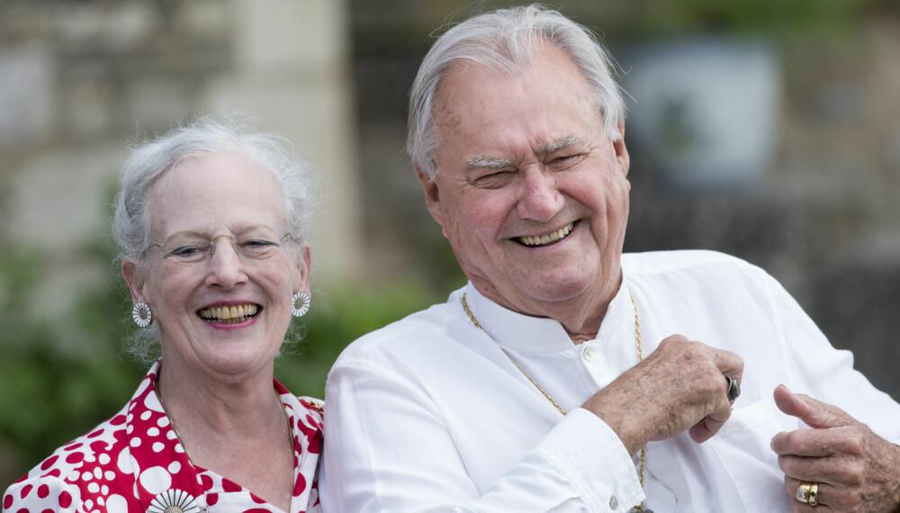 LYKKELIGE: Til tross for at prins Henrik til stadighet uttrykte sin misnøye med å ikke være kongen av Danmark, skal ekteskapet mellom ham og dronning Margrethe vært et lykkelig ekteskap. De to giftet seg i 1967 og var gift helt til Henrik døde i februar i fjor.
