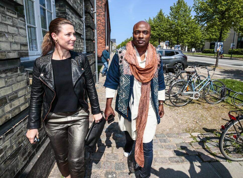 SKAL FLYTTE: Sjaman Durek fortalte at han skal bo delvis i USA og delvis i Norge. Kanskje betyr det at han og prinsesse Märtha blir samboere.