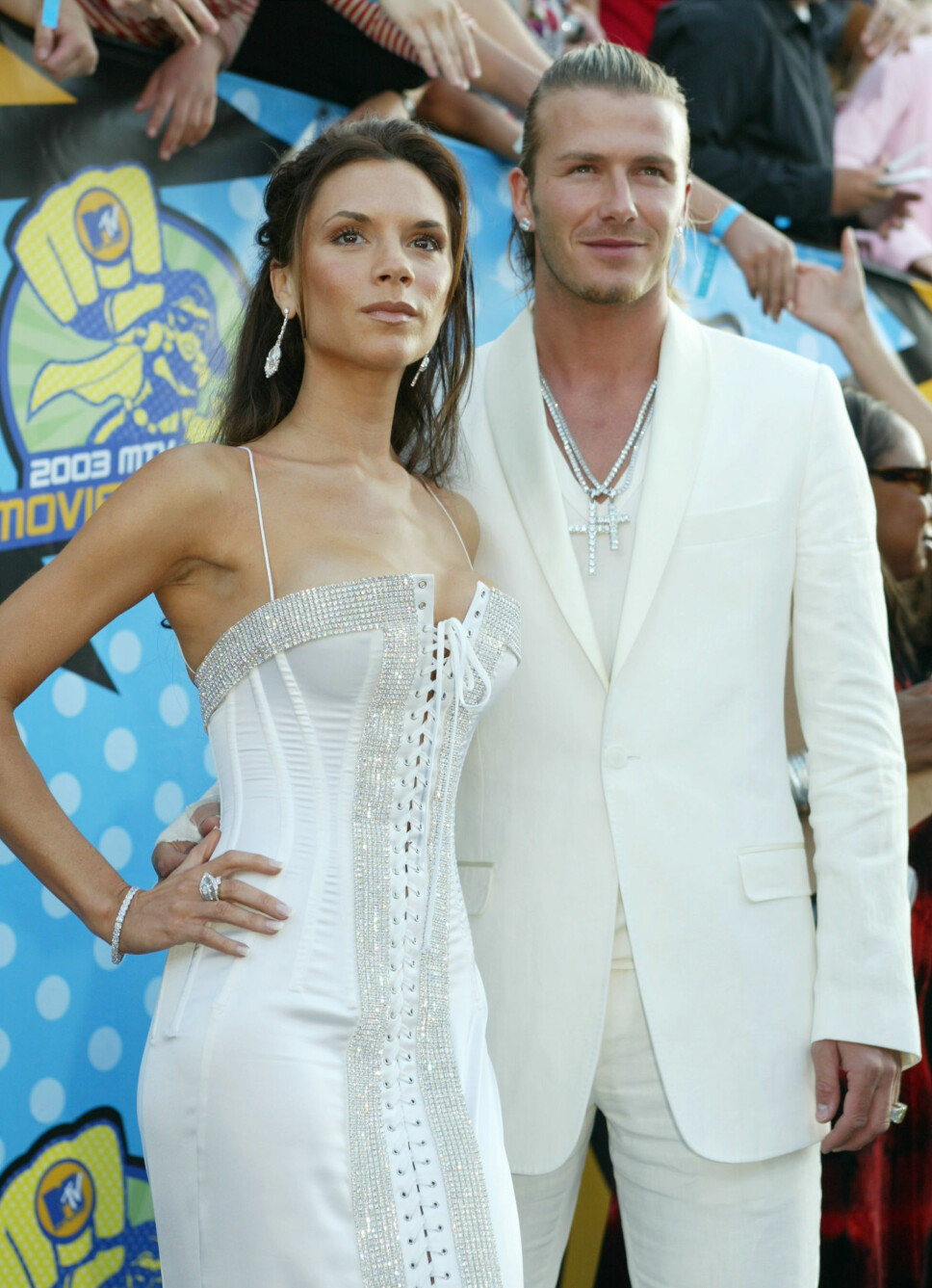Victoria og David Beckham koordinerte gjerne antrekkene sine. Her er paret fotografert under MTV Movie Awards, i Los Angeles, i 2003.