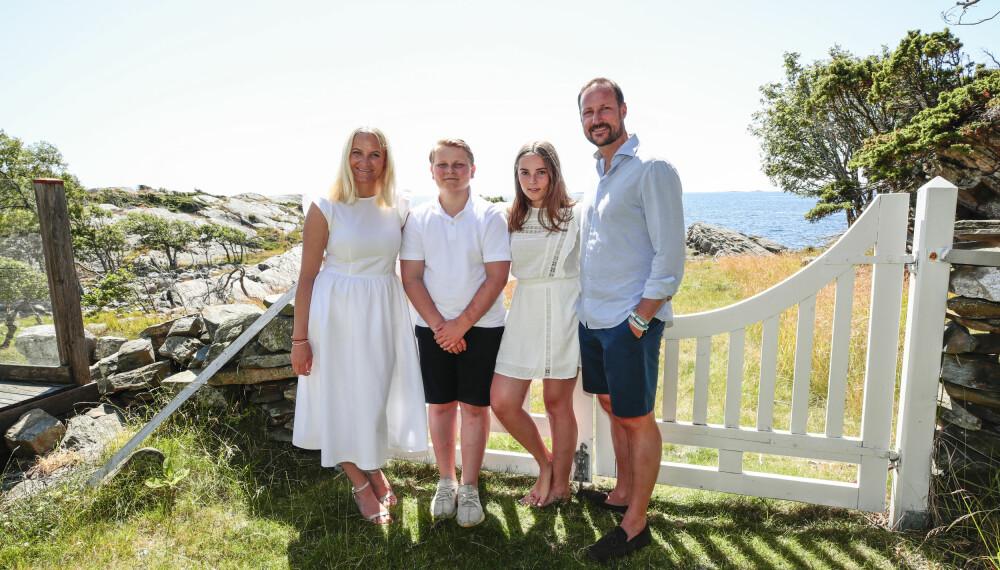SOMMERPARADIS: Det er lett å forstå at kronprinsfamilien trives på Dvergsøya.