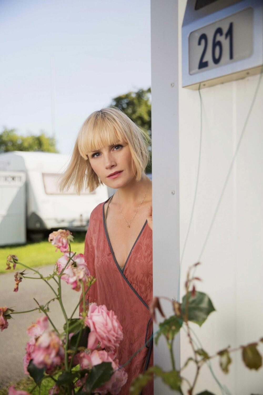 PÅ TV: Denne våren har Lena vært å se i TV 2-serien «En får væra som en er».