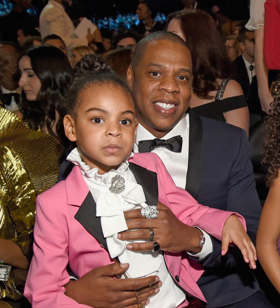 PAPPAJENTE: Jay-Z (49) med datteren Blue Ivy (7) på fanget.